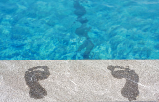 feet and swimming pool